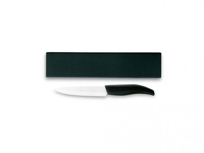 Ceramic knife in box