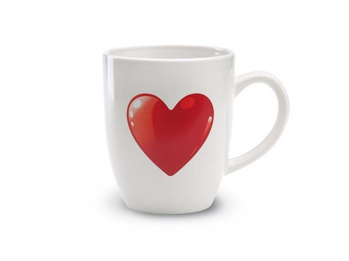 Ceramic mug with heart decoration