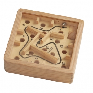 Wooden dedal game