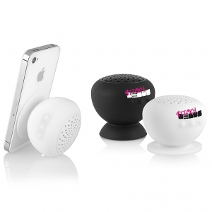 Bluetooth speaker with suction cup